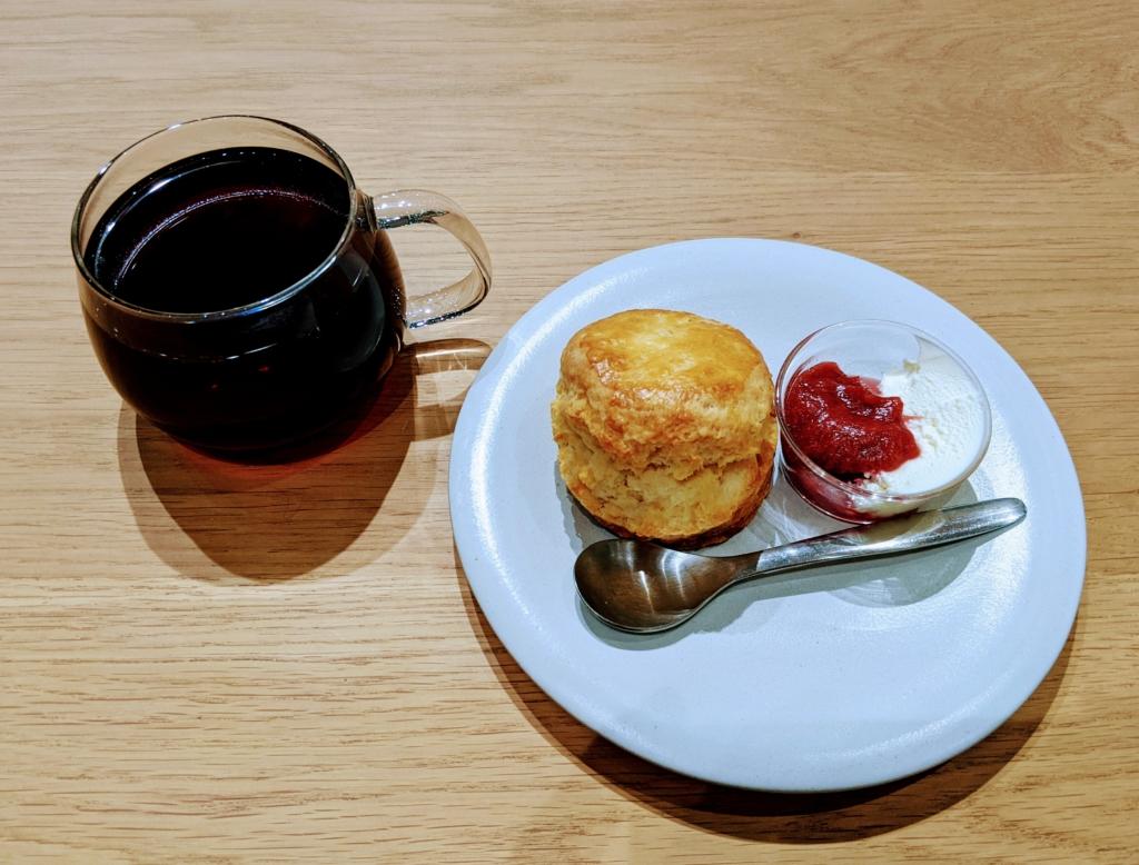 清澄白河のブルーボトルコーヒーでパナマのゲイシャ発見![カフェ巡り] スコーン