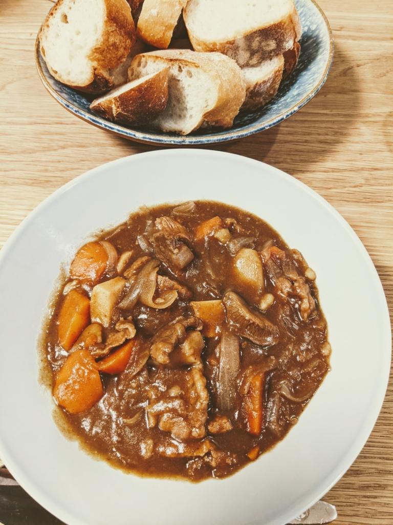 バーミキュラ無水鍋で作る無水カレーやビーフシチューが美味しい!簡単レビュー  ビーフシチュー