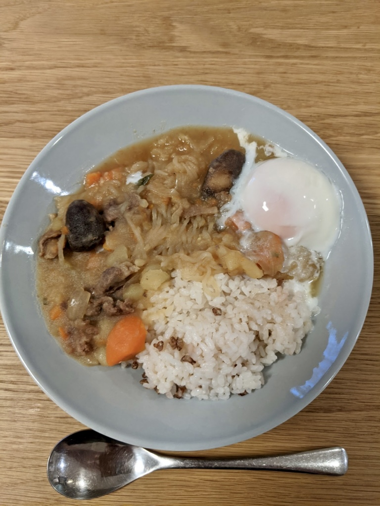 バーミキュラ無水鍋で作る無水カレーやビーフシチューが美味しい!簡単レビュー  肉じゃが